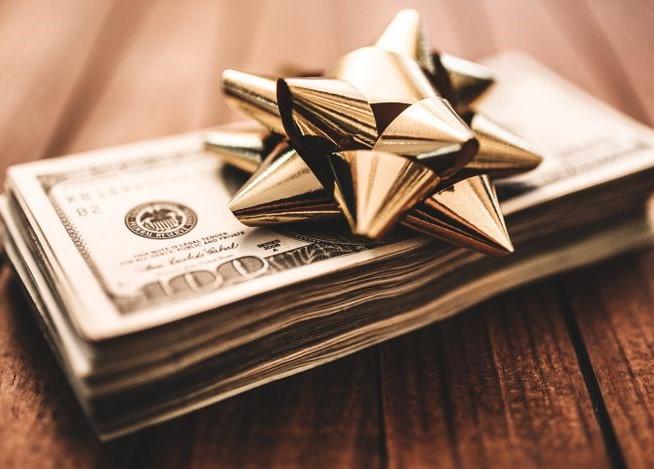 Receiving Money as a Gift